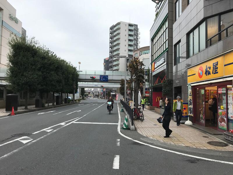 3.ひとつ目の通りを左に